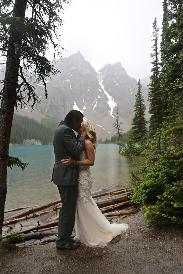 Moraine Lake Elopement, Wedding by Mark Derry Photography 2.1